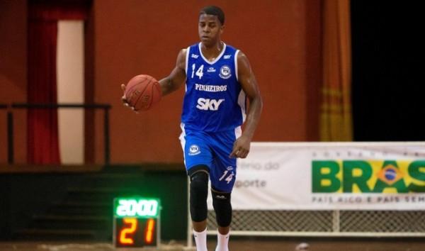 Georginho, um dos destaques do Pinheiros na LDB (Hedeson Alves/LNB)