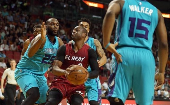 DWyane Wade Miami HEat Charlotte Hornets