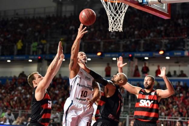 Bauru e Flamengo abrem o NBB mais uma vez (Foto: João Pires/LNB)