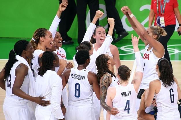 Pela sexta vez seguida, ouro do basquete olímpico feminino fica com os EUA